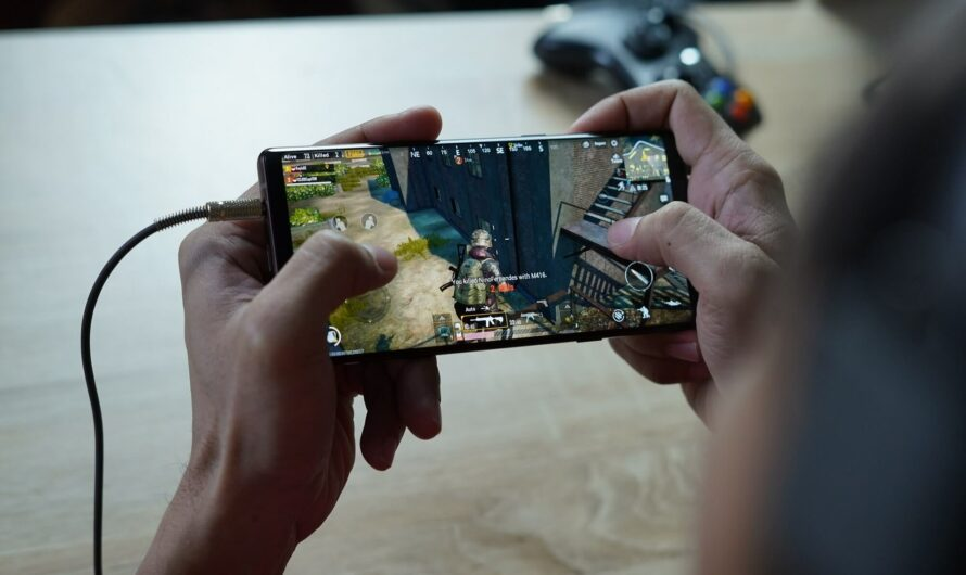 """Samsung's upcoming Exynos 2200 SoC may bring """"Voyager"""" Radeon graphics to mobile"""